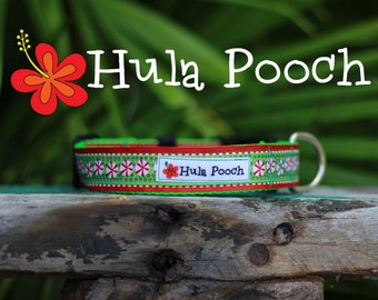 "Christmas Dog Collar / Holiday Dog Collar:  ""Peppermint Lei"" Small, Medium, Adjustable // FREE SHIPPING"