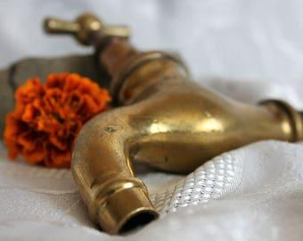 Vintage Water Faucet, 1940s, Old Brass Spigot, Water Spigot, Antique water tap, Faucet, Spigot. Brass water faucet, Bronze Tap, Industrial