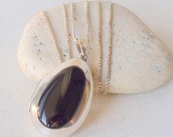 Sterling Silver Black Onyx Locket Necklace Vintage Big Onyx Teardrop Photo Locket Romantic Jewelry, Retro Necklace 925 Puffy Locket Jewelry