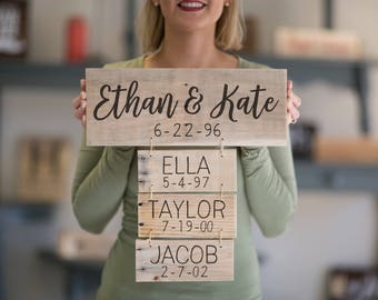 Anniversary Gift | Family Names Wood Sign | Personalized Family Name Signs | Fathers Day Gift | Family Established Sign