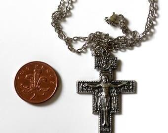 Crucifix | Christian | Cross | Jesus Christ (9)