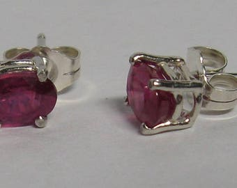 Natural ruby 1.43 ct  & sterling silver 925 earrings
