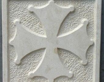 Engraving of a stone of Estaillade Occitan cross