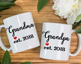 Coffee Mug New Grandma and Grandpa coffee mug set - With Cute Heart and Year of Birth - Great for New Grandparents - Baby Shower Gift