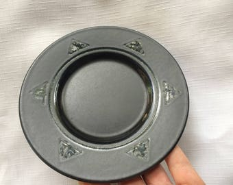 Black Saucer,Black Pottery Saucer,Pfaltzgraff Saucer,Black Glossy Saucer,Black Small Plate,Stoneware Saucer,Midnight Sun,Southwest Saucer,