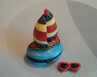 Vintage Sailboat Hinged Porcelain Trinket Box With Sunglasses Trinket