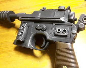 Star Wars full size ESB  dl44  han solo blaster resin prop,very accurate.