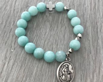 Give Love + Blessinga Dyed Jade Classic Single Decade Rosary Bracelet with St Anthony + St Francis Assisi Medal