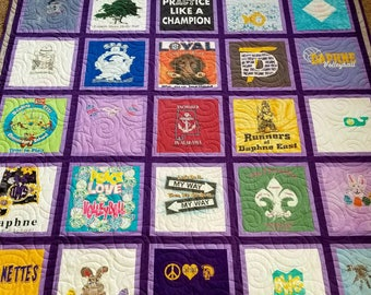 T-shirt quilts. Memory t shirt quilts made from 9 to 49 tee shirts. Keepsake Tshirt quilt.