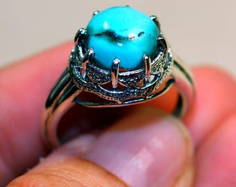 Amazing Genuine Turquoise set in Solid 925 Sterling Silver Ring size 8 by Silver Trend