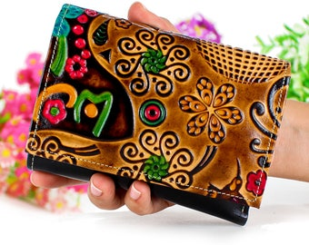 Wallet, Small wallet women, women wallet leather, Gift for her, Leather wallet, embossed and hand painted, really original and beautiful