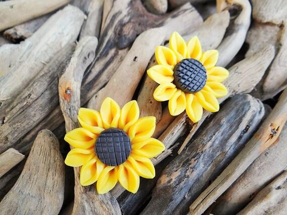 Sunflower Stud Earrings Studs Sun Flower Summer Yellow Happy Festival Hippie Earring Polymer Clay Fimo Dangle Hooks Boho Earring Ear Rings