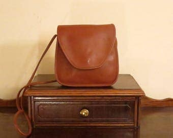 Spring Sale Coach Lindsay Bag In British Tan Leather With Crossbody Strap - Style No 9888- Made In United States - VGC