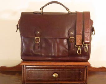 Desert Road Briefcase Attache In Beautiful Brown Leather With Brass Hardware And Detachable Strap- Made In New Zealand- VGC