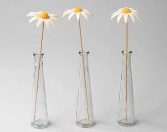 Felt Daisy Flower - Wool felt flower stem, Artificial flower arrangement in vase, Handmade wet felted flower bouquet.