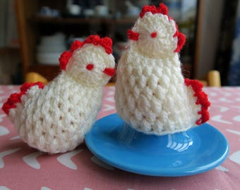 2 vintage crochet egg warmers or cozies, chicken hens, Easter decoration, hand made, wool, white and red