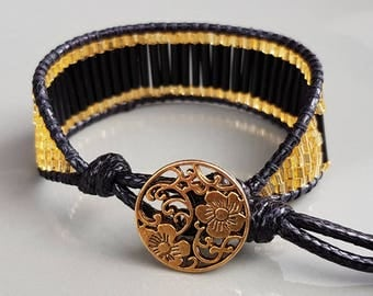 Audrey - Casual/chic bracelet with black&gold look
