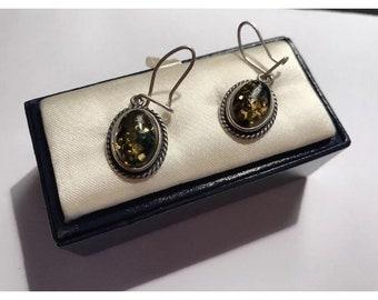 Vintage 925 green Amber Dropper oval earrings