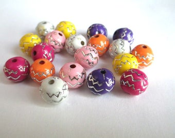 lot 50 acrylic beads 10mm silver color line pattern mix