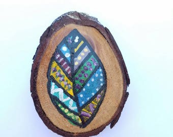 "2.5"" Hand-Painted Wood Slice - Colorful Leaf"