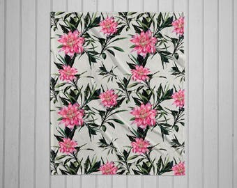 Tropical flower plush throw blanket with white back
