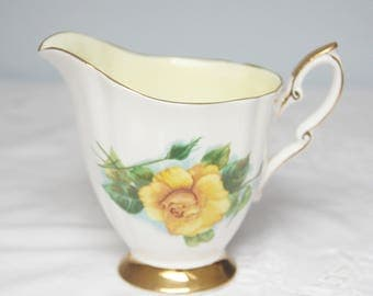 Vintage Paragon Creamer, Mme Ch Sauvage, Six World Famous Roses, Signed by Harry Wheatcroft