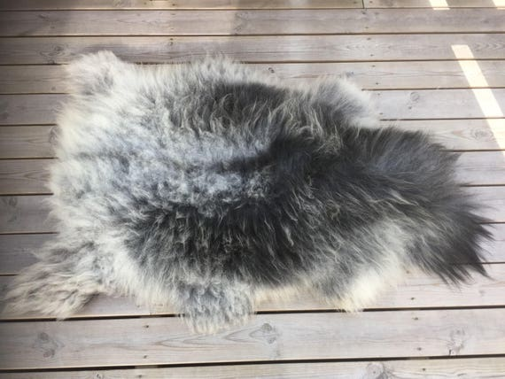 Reduced price! Soft and lush sheepskin rug from Norwegian norse breed 17093