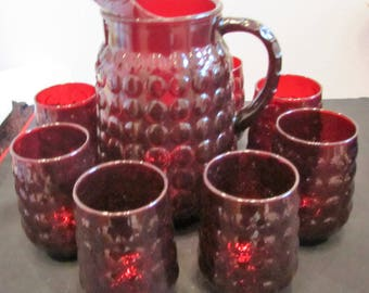 Anchor Hocking Ruby Red Bubble Pitcher with 8 13 Oz Tumblers Exc Condition