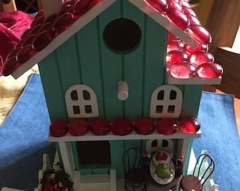 Gumdrop Birdhouse with Candied Apples