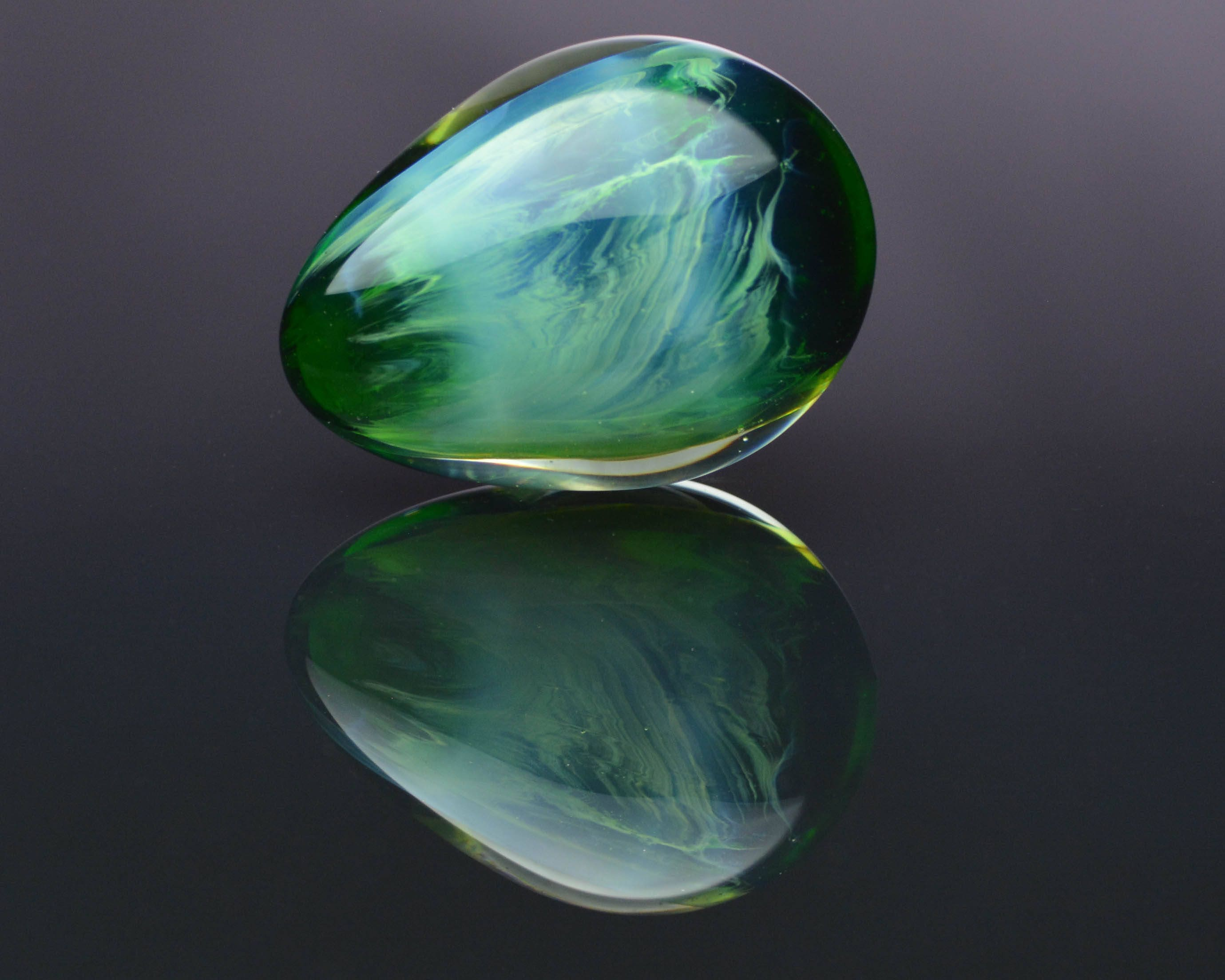 Green Glass Marble : Glass egg medium marble green