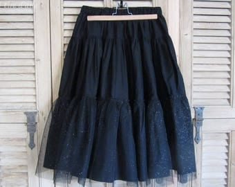 Black skirt with tulle with glitter