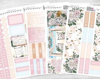 "LITTLE KIT | ""Happily Ever After"" Glossy Kit 