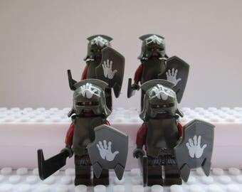 Seigneur de l'anneaux le Hobbit 4 X Uruk Hai blindé orcs s'adapte à tous les Lego ensembles incluant Marvel, Star Wars et Ninjago