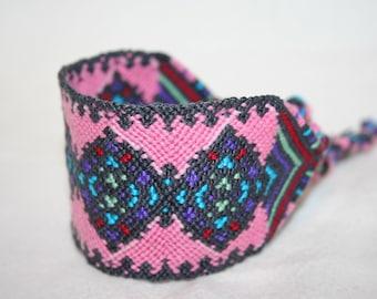 Wide Pink and Gray Diamond Pattern Friendship Bracelet