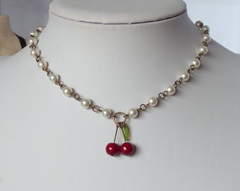 cherries and pearls necklace tattoo cherry collier de perles et cerises tatouage pinup rockabilly pin up pin-up psychobilly rock and roll