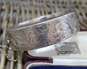 Vintage 1972 Sterling Silver Bangle, Foliage, Wide Bangle, Fully Hallmarked