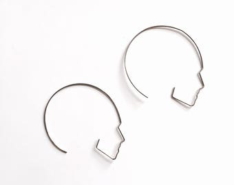 Round Side face hoop earrings