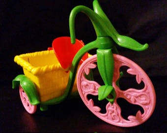 Vintage 1980s Strawberry SHORTCAKE Berry Tricycle!!!