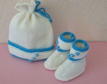 Hat, matching boots knitted baby booties size 0/1 month teal and ecru