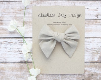 hair bows, khaki bow, girls hair bow, school hair bow, hair bow for girls, baby hair bow, fall bow, tan bow clip, tied bow
