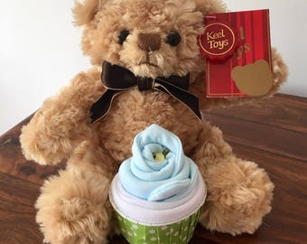 Bramble bear and cupcake gift set