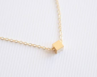 Tiny Cube Necklace, Cube Pendant, Minimalist Necklace, Gold Necklace, Tiny Jewelry, Minimalist Jewelry, Dainty Cube Necklace, Gift for Girls
