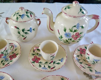 French Faience Coffe Set for 6, Sevres Fourmaintraux Art Deco Coffe Service, Coffee Pot, Sugar Pot, Six Cups and Saucers Pink Flowers