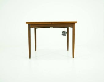 309-131 Danish Mid-Century Modern Teak Dining Table Kitchen Pull Out Leaves
