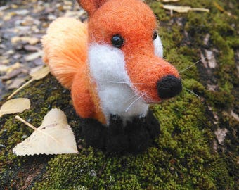Needle felted fox figurine, Felt fox doll, miniature fox, Cute fox, Little fox, felted animals, soft sculpture
