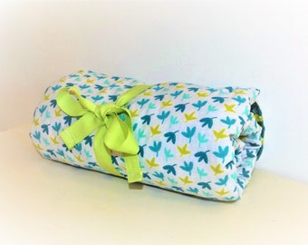 Changing pad Nomad green mushrooms and leaves