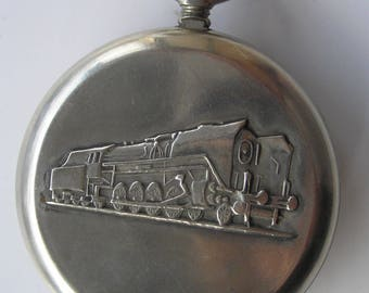 Ussr SOVIET POCKET Watch MOLNIJA locomotive 18 Jewels - Serviced