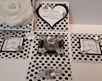 Wedding card (exploding box)