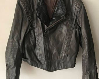Motorcycle Short Vintage Gray Durable Genuine Leather Jacket Men's Size Medium.