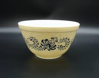 Vintage Pyrex Homestead 401 Mixing Bowl, Pyrex Bowls, Pyrex Mixing Bowls, Vintage Pyrex, Pyrex Homestead Bowls, Pyrex 401 Bowl